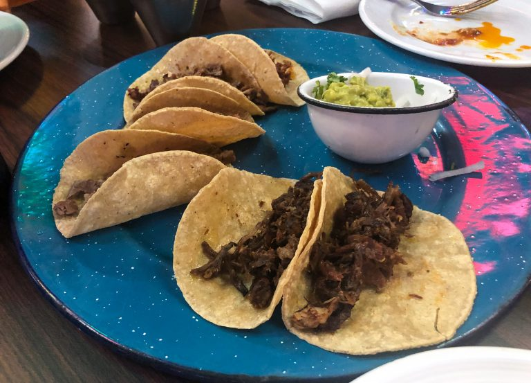 Tacos at Tenampa in Mexico City