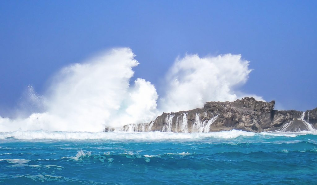 Middle Caicos Dragon Island Waves