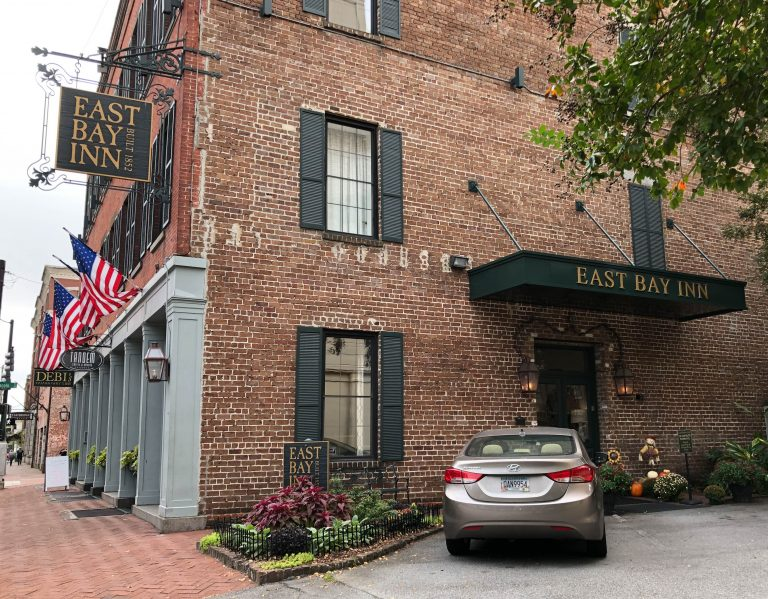 Savannah East Bay Inn