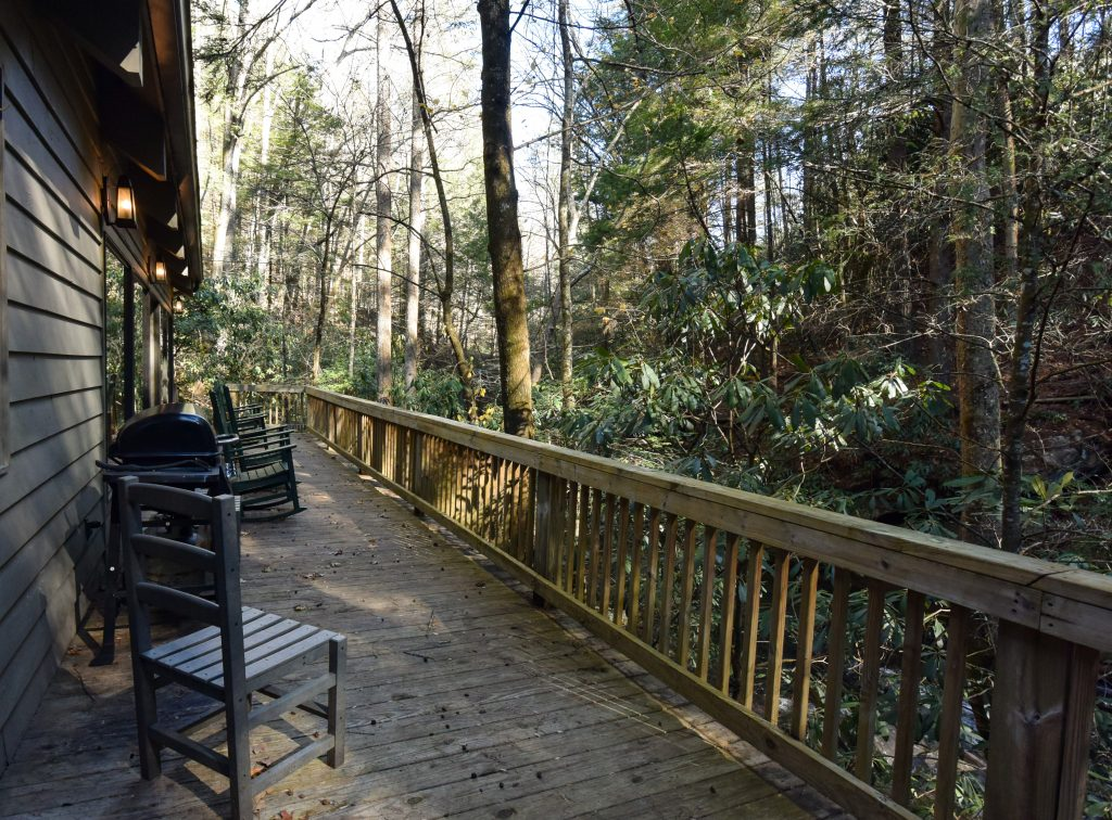 Smithgall Woods Creekside Cottage Deck
