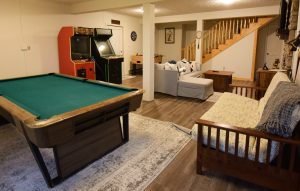 Beech Mountain Airbnb Game Room